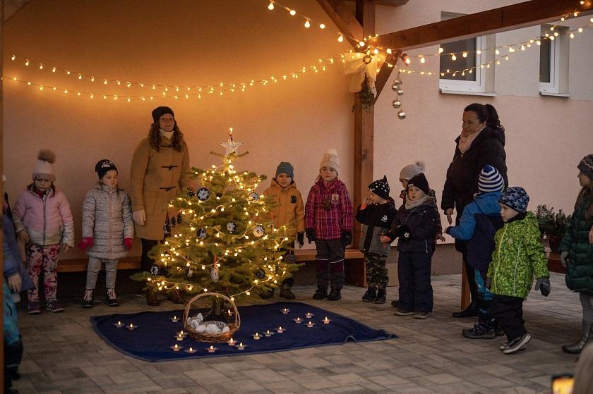 Vánoční setkání srodiči a dětmi